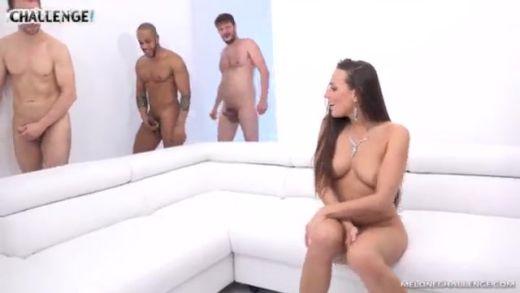 Femme gratuit video Le chat